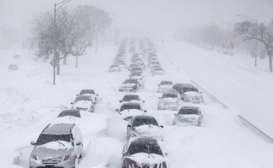 雪道で立ち往生